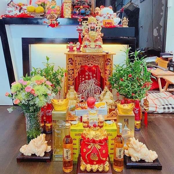 https://docungtamlinh.com.vn/wp-content/uploads/2020/03/ong-than-tai-dat-ben-trai-hay-phai.jpg
